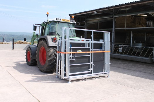 IAE PORTABLE ROTEX CATTLE HANDLING SYSTEM-6994